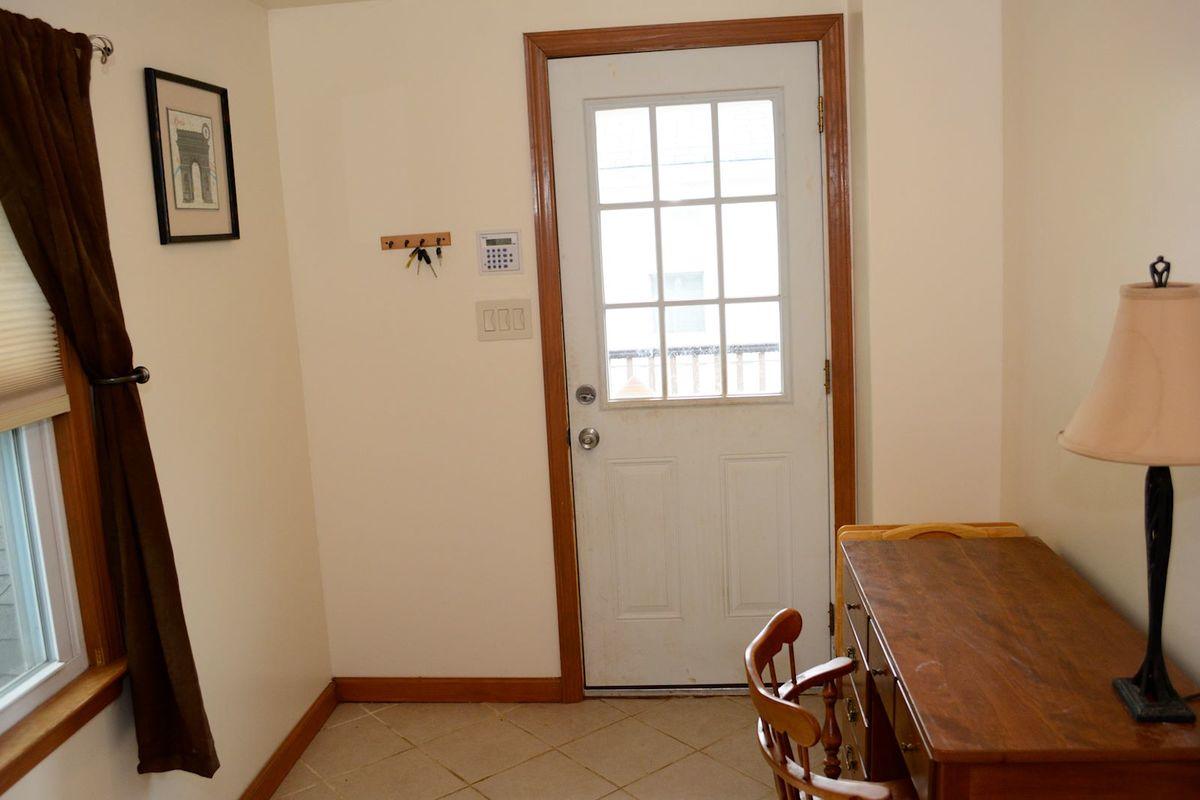Mud Room (Old Pantry)